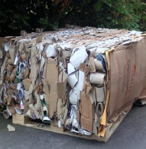 Bale of cardboard tubes produced in Bramidan 4-0S(50) Mill size baler - Kenburn